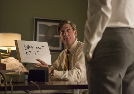 Ted Chaough (Kevin Rahm) and Pete Campbell (Vincent Kartheiser) in Mad Men