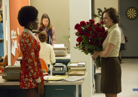 Shirley (Sola Bamis) and Peggy Olson (Elisabeth Moss) in Mad Men
