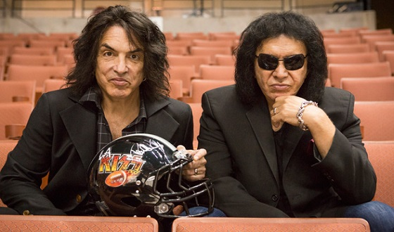 4th-and-loud-paul-stanley-gene-simmons-owners-560x330