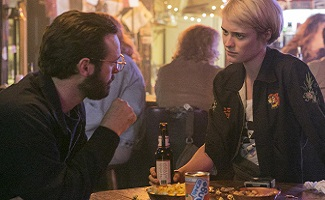 halt-and-catch-fire-episode-108-gordon-mcnairy-cameron-davis-325x200