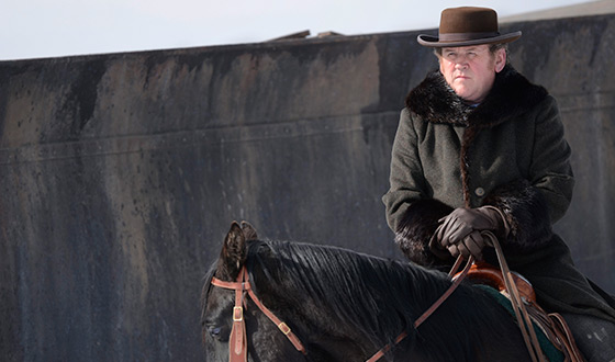 Photos &#8211; More Sneak Peek Images From the <em>Hell on Wheels</em> Season 4 Premiere