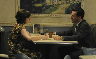 mad-men-407-peggy-moss-don-hamm-325