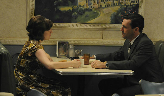 mad-men-407-peggy-moss-don-hamm-560
