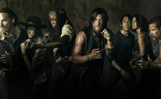 the-walking-dead-season-5-comic-con-banner-560x330