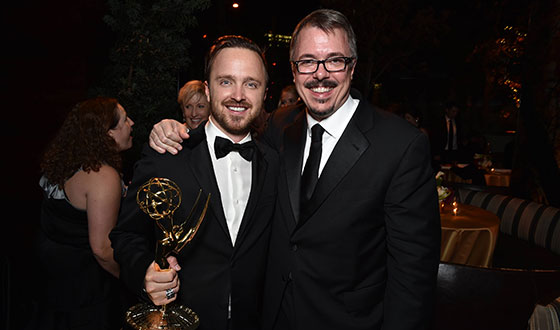 breaking-bad-aaron-paul-vince-gilligan-emmys-560