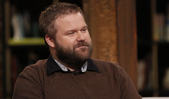 Robert Kirkman Talks Character Deaths With <em>EW</em>; Gale Anne Hurd Offers Season 5 Spoilers