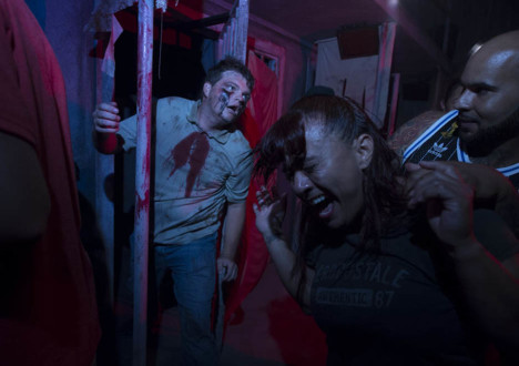 The Walking Dead Halloween Horror Nights at Universal Studios 2014