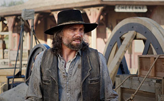 hell-on-wheels-episode-408-cullen-mount-325