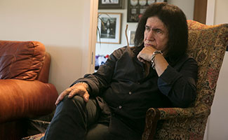 4th-and-loud-episode-106-gene-simmons-325