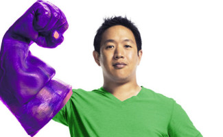 comic-book-men-season-4-ming-chen-cast-560