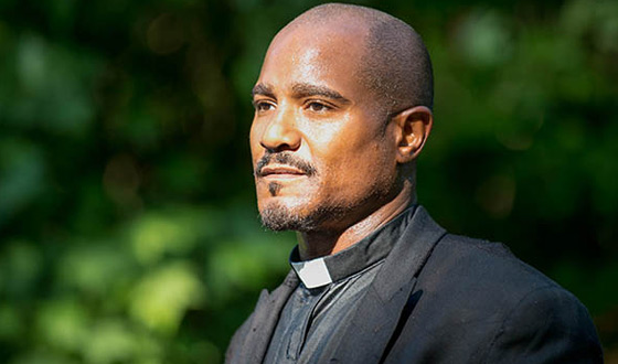 <em>The Walking Dead</em> Q&#038;A – Seth Gilliam (Gabriel Stokes)
