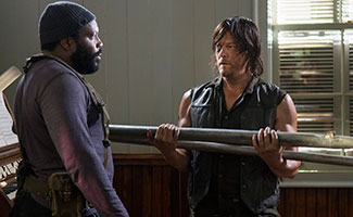 the-walking-dead-episode-507-tyreese-coleman-daryl-reedus-325