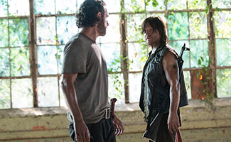 the-walking-dead-508-rick-lincoln-daryl-reedus-2-325