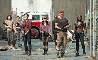 the-walking-dead-episode-508-cast-maggie-cohan-glenn-yeunn-abraham-cudlitz-michonne-gurira-325