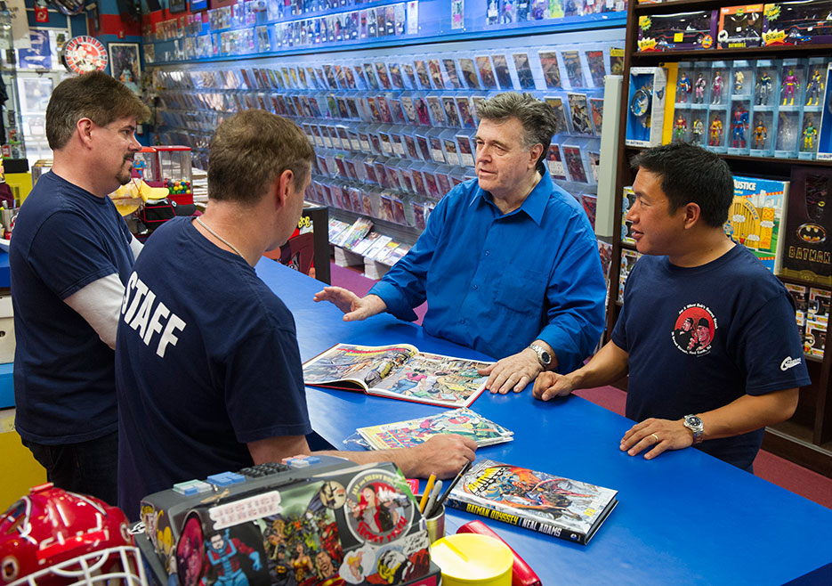 comic-book-men-episode-410-mike-walt-neal-adams-ming-2-935