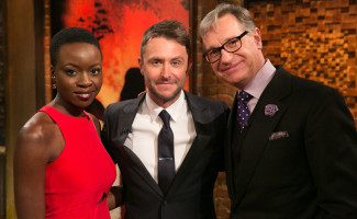 talking-dead-episode-511-michonne-gurira-chris-hardwick-1200