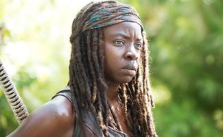 the-walking-dead-episode-509-michonne-gurira-325