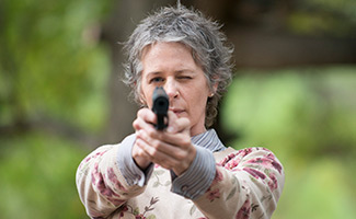 the-walking-dead-episode-513-carol-mcbride-325x200