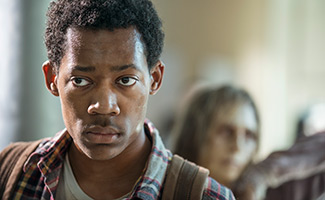 the-walking-dead-episode-514-noah-williams-325