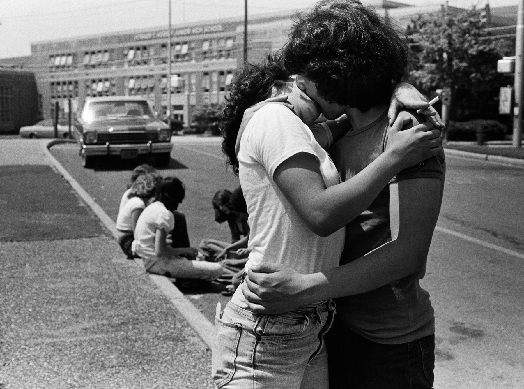 The-Joseph-Szabo-Project-The-Kiss-photo-by-Joseph-Szabo
