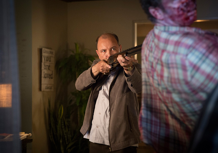 fear-the-walking-dead-episode-103-daniel-blades-935