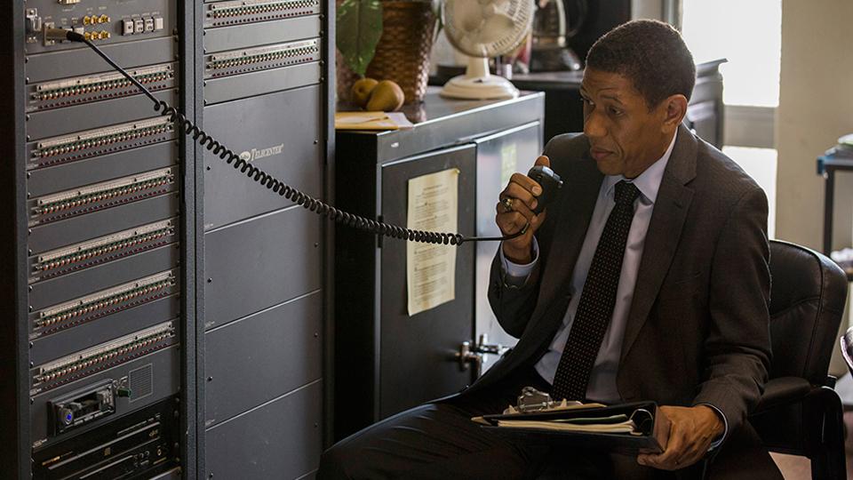Art Costa (Scott Lawrence) en episodio 1 / Photo by Justin Lubin/AMC