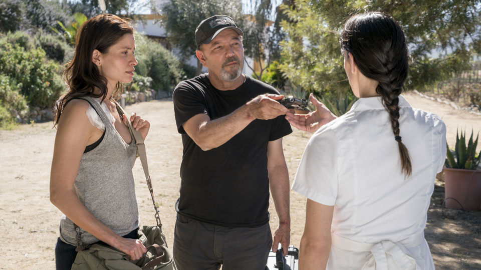 Daniel Salazar (Ruben Blades) y Ofelia Salazar (Mercedes Mason) en Episodio 6 Photo by Richard Foreman/AMC