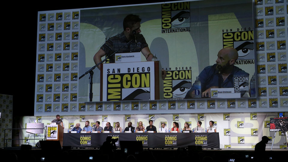 SAN DIEGO, CA - JULY 22: (L-R) Moderator Chris Hardwick, writer/producers Dave Erickson and Robert Kirkman, producer David Alpert, producer/director Greg Nicotero, producer Gale Anne Hurd, actors Colman Domingo, Kim Dickens, Cliff Curtis, Frank Dillane, Mercedes Masohn, Alycia Debnam Carey, Lorenzo James Henrie, and Danay Garcia attend AMC's