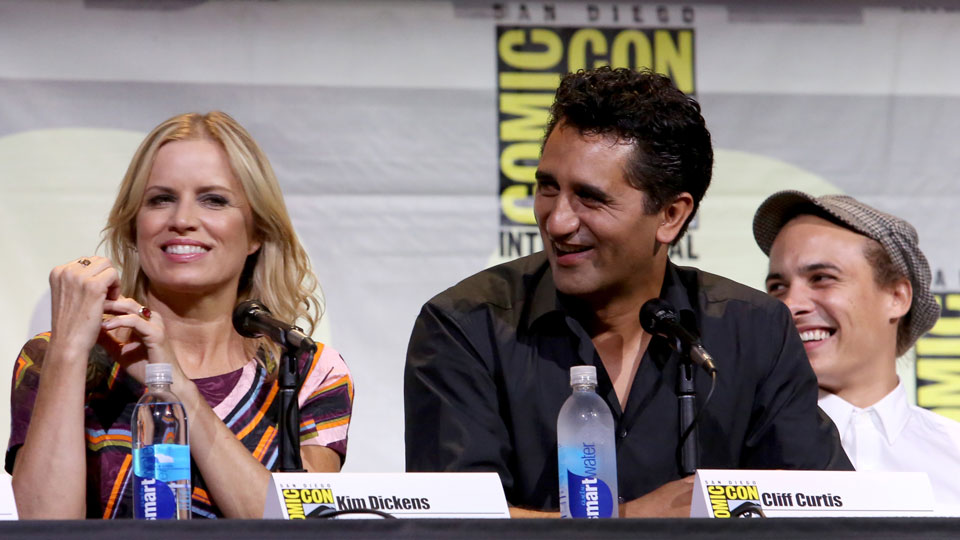 SAN DIEGO, CA - JULY 22: (L-R) Actors Kim Dickens, Cliff Curtis and Frank Dillane attend AMC's 'Fear The Walking Dead' panel during Comic-Con International 2016 at San Diego Convention Center on July 22, 2016 in San Diego, California. (Photo by Jesse Grant/Getty Images for AMC)