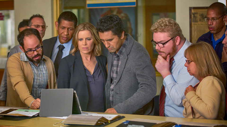 fear-the-walking-dead-episode-101-madison-dickens-travis-curtis-1-ipad-935