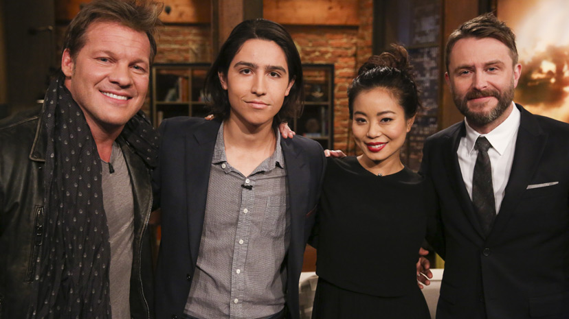 Chris Hardwick, Chris Jericho, Lorenzo James Henrie (Chris Manawa) and Michelle Ang (Alex) no Episódio 3 Photo by Jordin Althaus/AMC