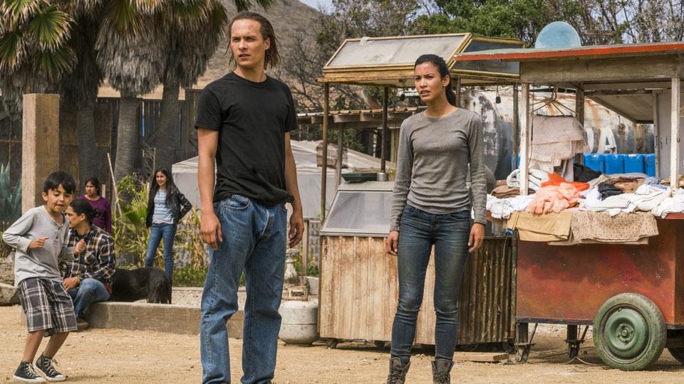 Nick Clark (Frank Dillane) e Luciana (Danay Garcia) no Episódio 11 Foto de Richard Foreman Jr/AMC