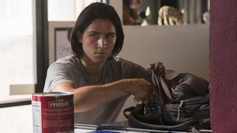Christopher Manawa (Lorenzo Henrie James) no Episódio 10 Foto de Richard Foreman/AMC