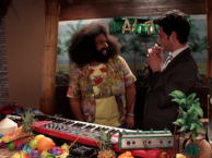 Reggie makes music with guest Ben Schwartz