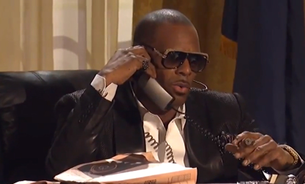 r-kelly-oval-office