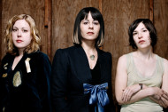 Watch Sleater-Kinney Reunite to Rock with Pearl Jam
