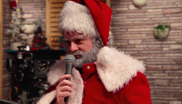 zach-galifianakis-santa-claus-reggie-watts
