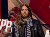 Jared Leto receives and Independent Spirit Award for his work in Dallas Buyers Club.