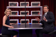 Watch Jennifer Lawrence and Jimmy Fallon Tell Insane Lies