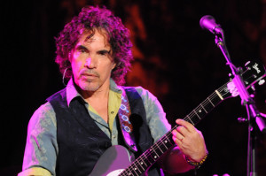 Your Dream Came True: John Oates to Do Twitter Q&A This Thursday