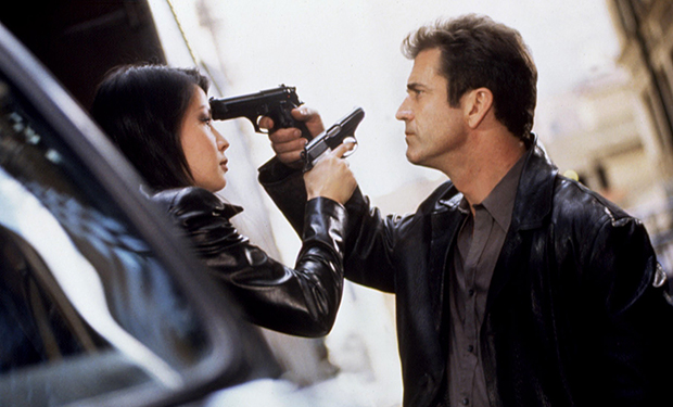 PAYBACK, Lucy Liu, Mel Gibson, 1999. (c) Paramount Pictures/ Courtesy: Everett Collection.