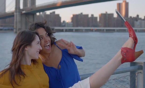 selfie-shoe-