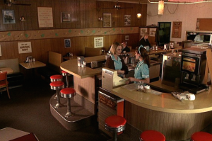 Twin Peaks Diner to Be Restored to Its '90s Glory for New Season