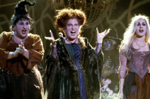 Hey, '90s Kids! Watch Bette Midler Resurrect 'Hocus Pocus' in Concert