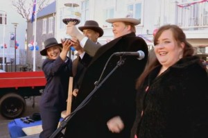 Aidy Bryant Helps Celebrate Al Capone on Tonight's Documentary Now!