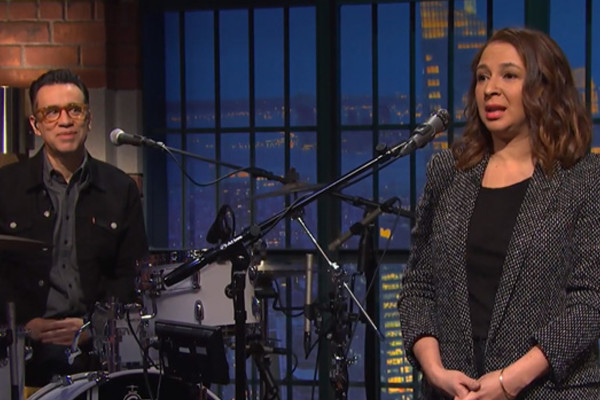 Fred Armisen Maya Rudolph Late Night Seth Meyers