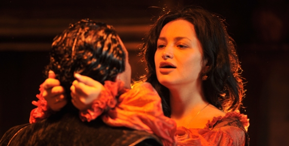 rigoletto-from-mantua_592x299-7