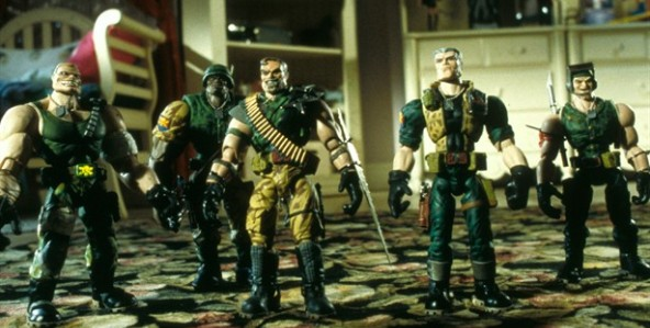 small-soldiers_592x299-7
