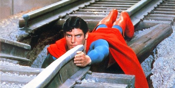 superman_592x299-7