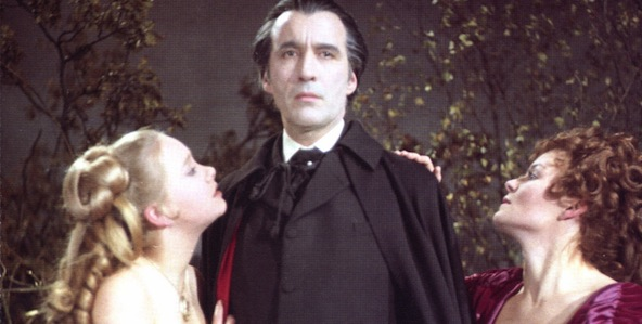 taste-the-blood-of-dracula_592x299-7